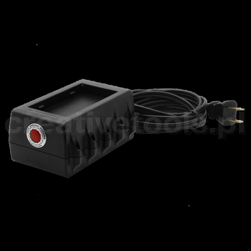 RED DSMC TRAVEL CHARGER (790-0134)