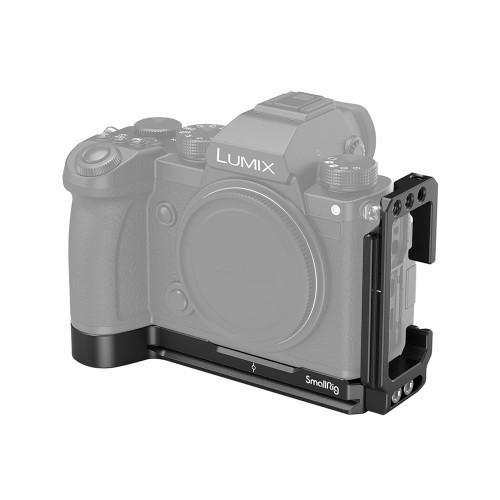 SmallRig (2984) L Bracket for Panasonic S5 Camera